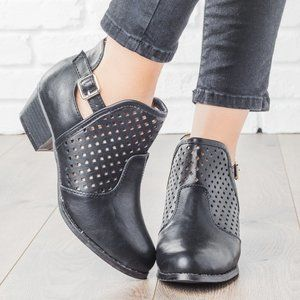 Women's Buckle and Diamond Women's Ankle Boots